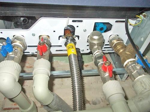 Подключение гибкого газового шланга